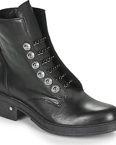 Černé boty Sweet Lemon