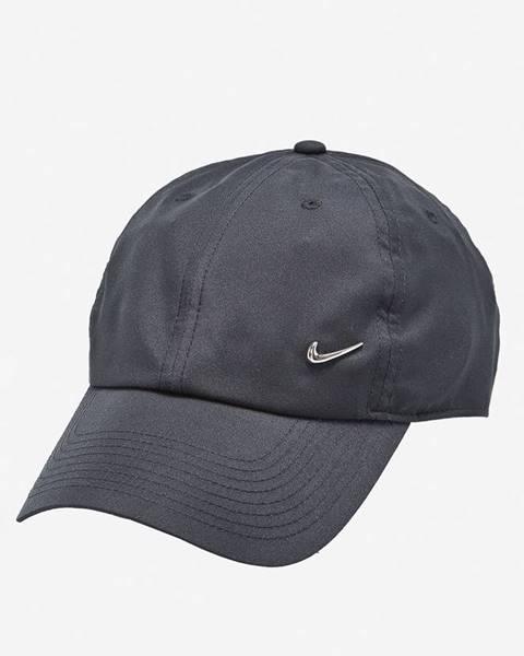 Černá čepice Nike Sportswear
