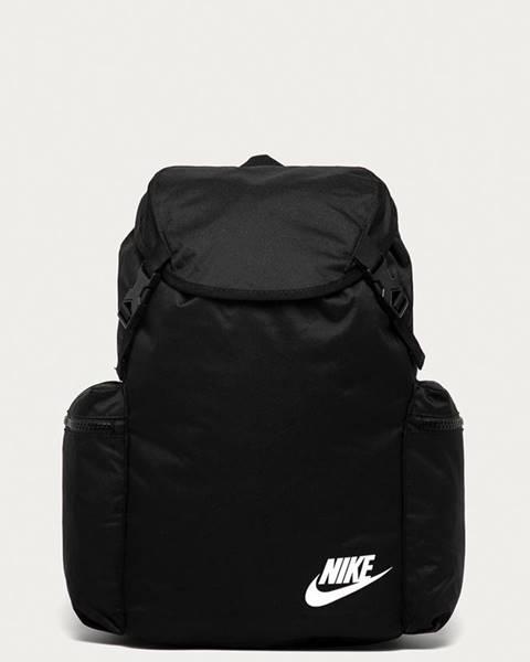 Černý batoh Nike Sportswear