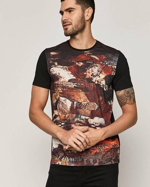 Vícebarevné tričko MEDICINE