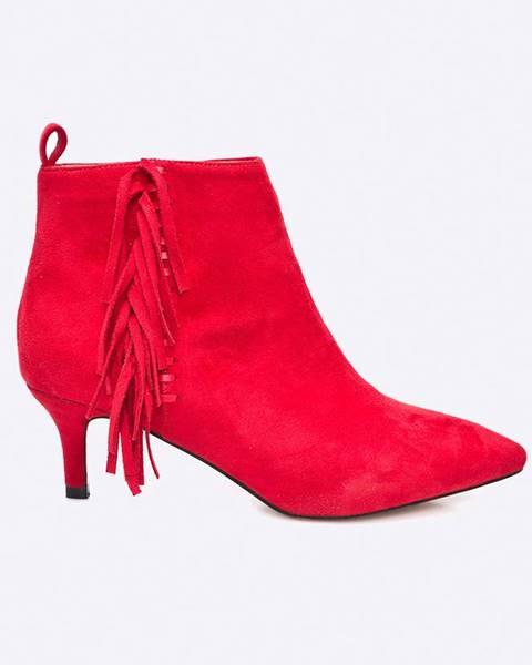 Červené boty MEDICINE