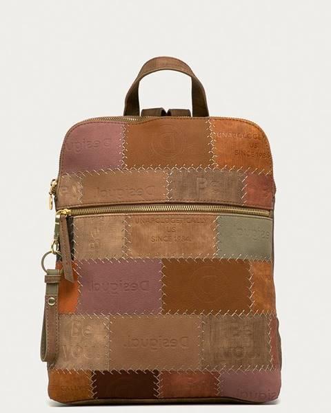 Hnědý batoh desigual
