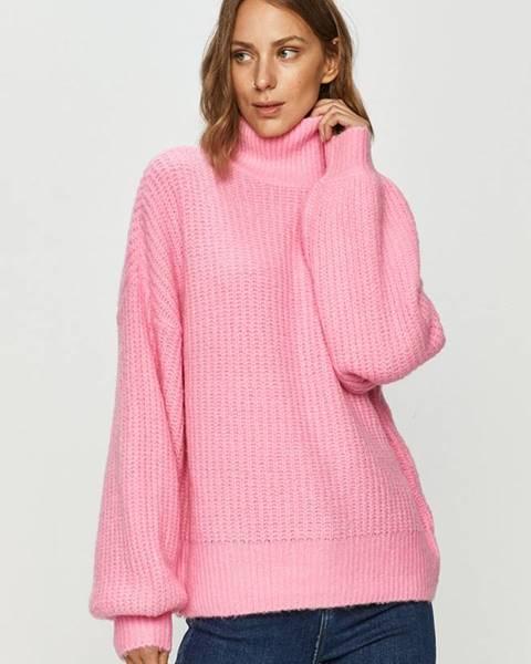 Růžový svetr noisy may