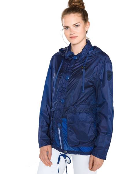 Modrá bunda Blauer