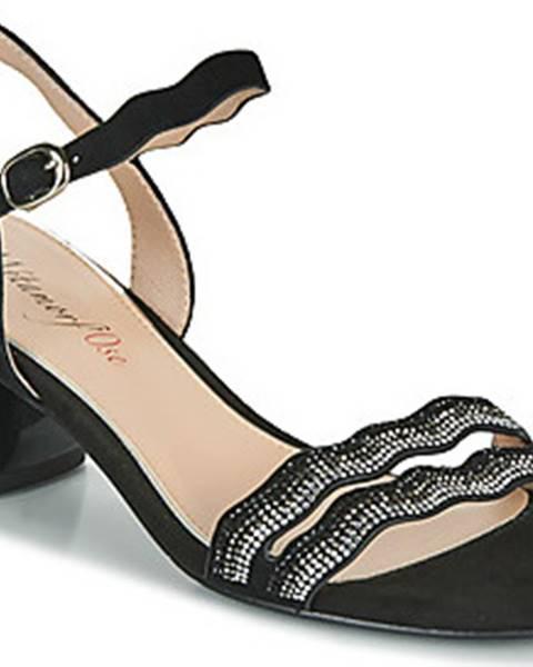 Černé sandály Metamorf'Ose