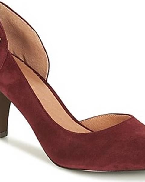 Červené boty André