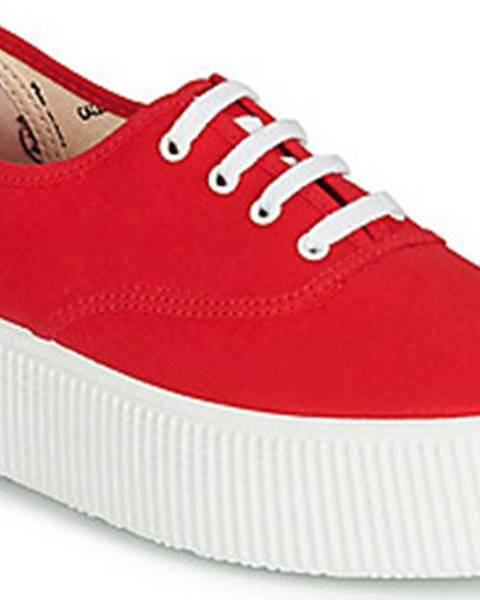 Červené tenisky Victoria