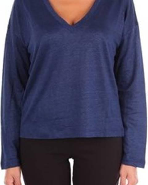 Modrý svetr Woolrich