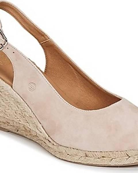 Růžové sandály Betty London