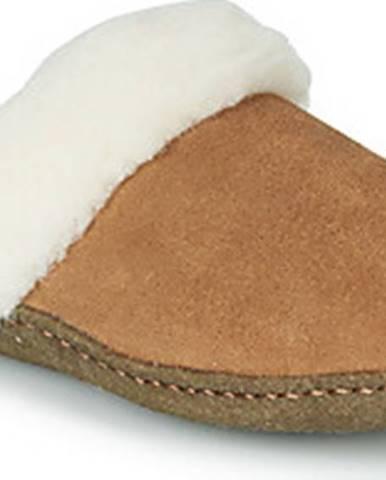 Domácí boty sorel
