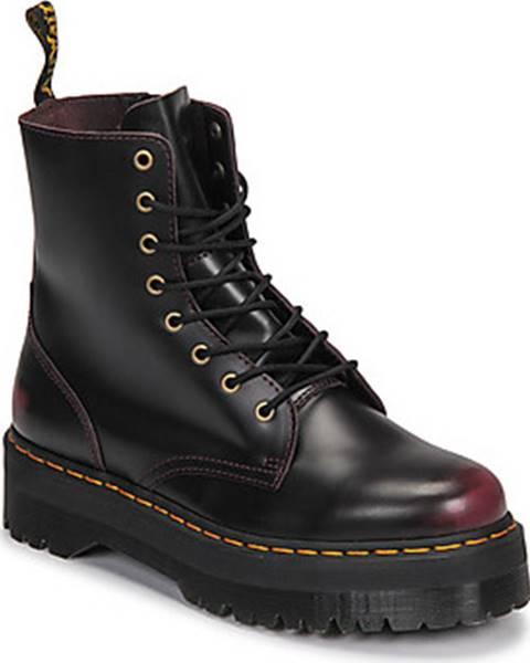 Červené boty Dr Martens