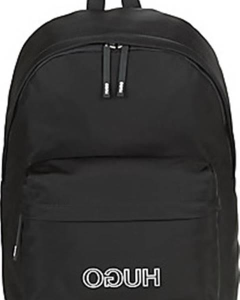 Černý batoh HUGO