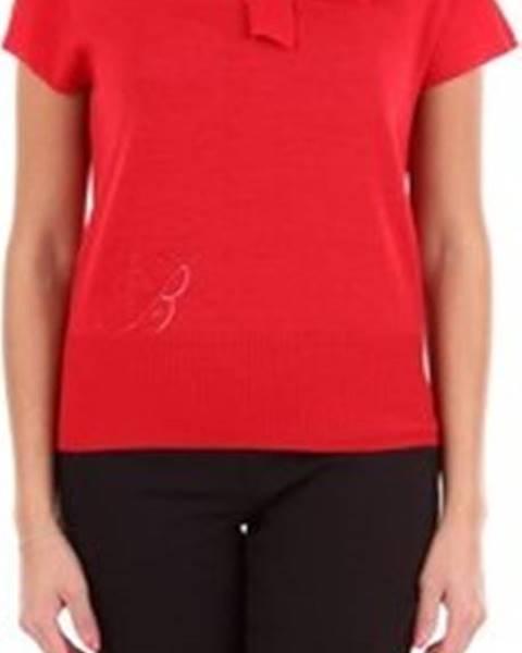Červený svetr Blumarine
