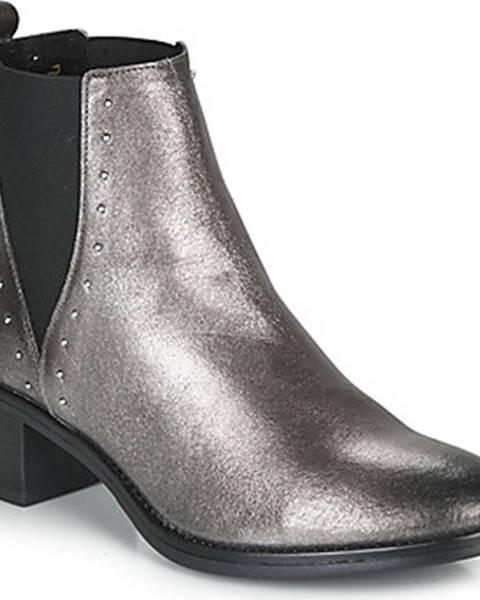 Stříbrné boty André