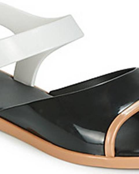 Černé sandály Melissa