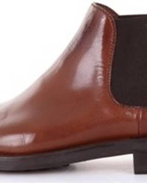 Hnědé boty Doucal's