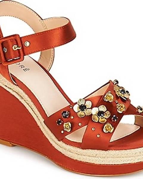 Oranžové sandály André