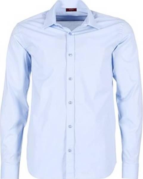 Modrá košile BOTD