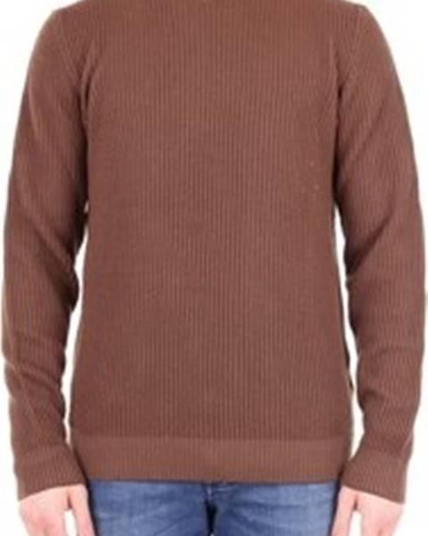 Hnědý svetr Jeordie's
