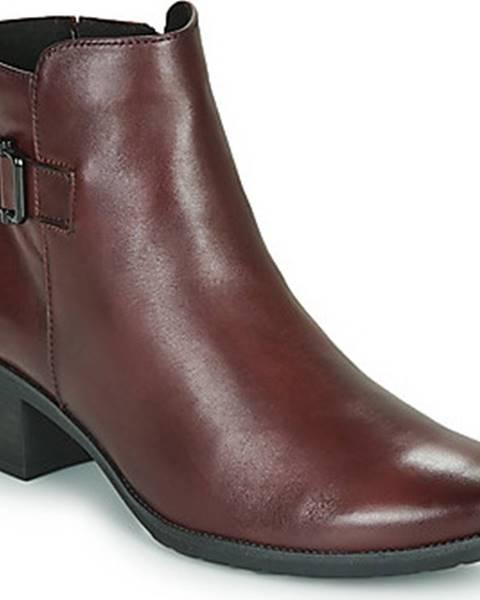 Bordové boty Caprice