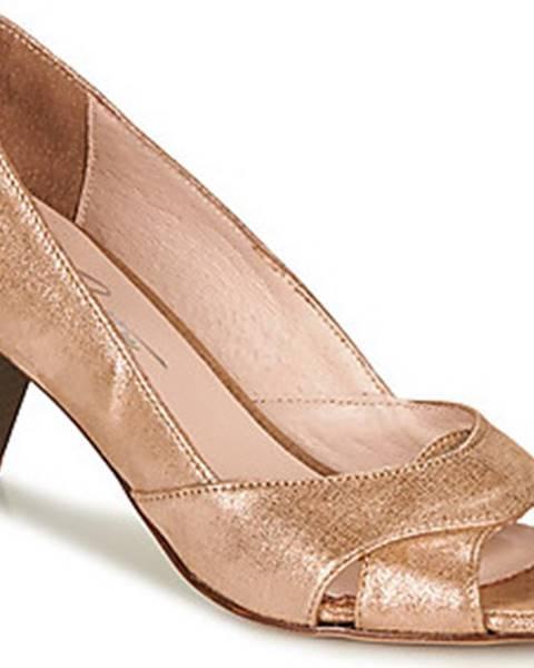 Zlaté boty Betty London