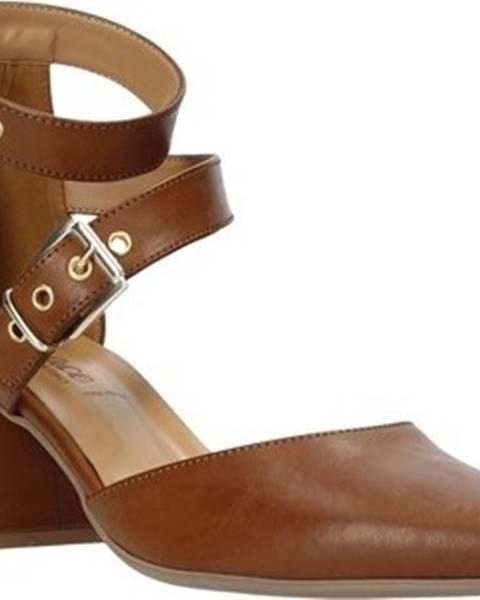 Hnědé sandály Grace Shoes
