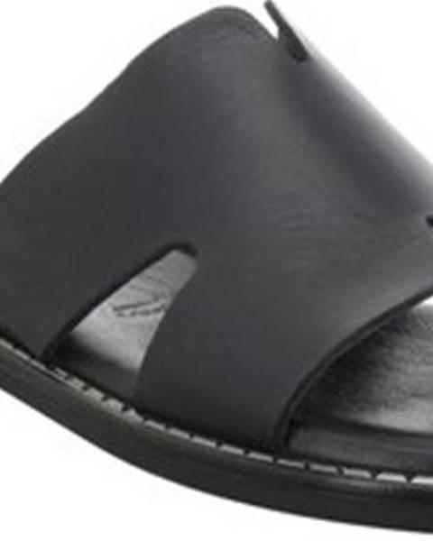 Černé pantofle tamaris