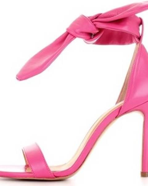 Jiná barva sandály Aniye By