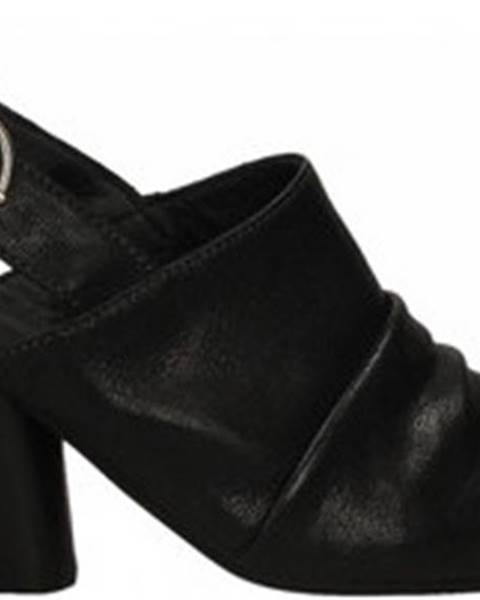 Černé pantofle Mat:20