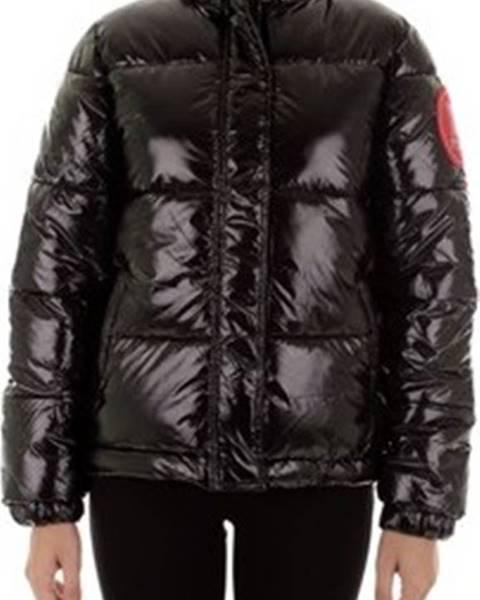 Černá bunda Pyrex