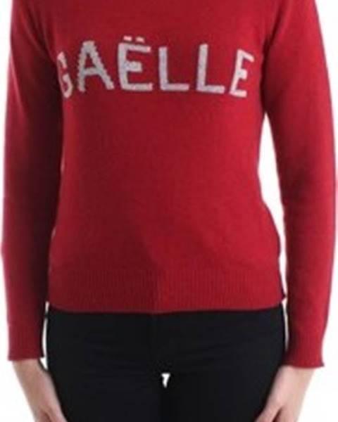 Červený svetr GaËlle Paris