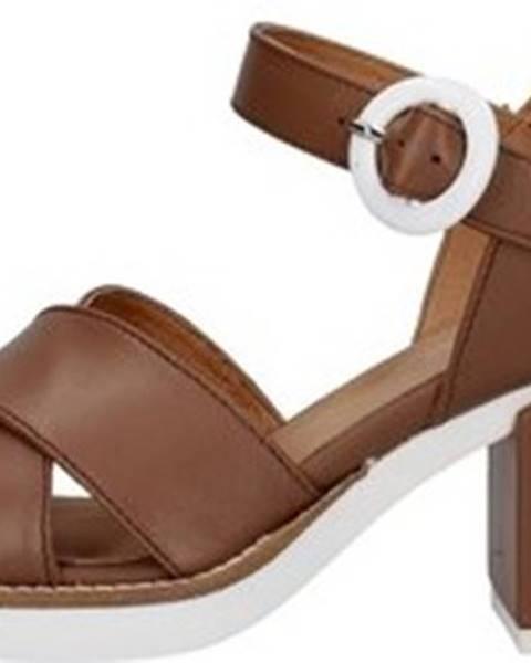 Hnědé sandály Janet Sport