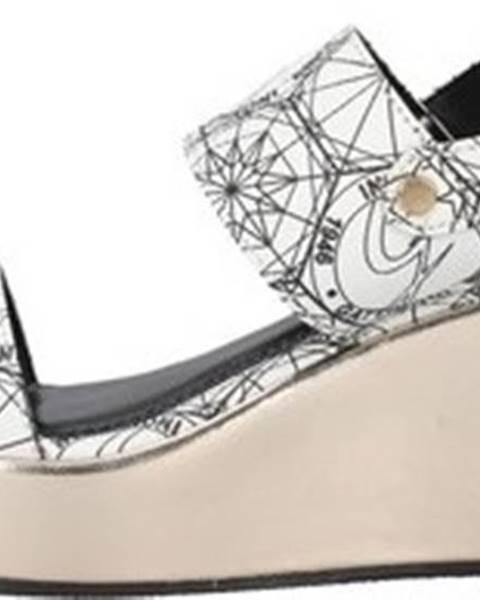 Bílé sandály Gattinoni