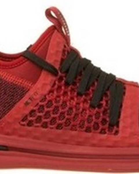 Červené boty puma