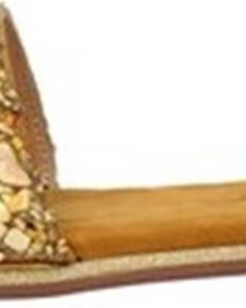 Hnědé pantofle Alma En Pena
