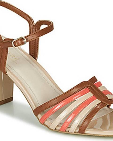 sandály André