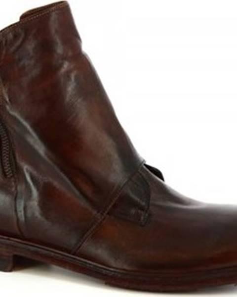 Hnědé boty Leonardo Shoes