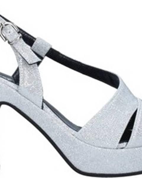 Stříbrné sandály TRES JOLIE