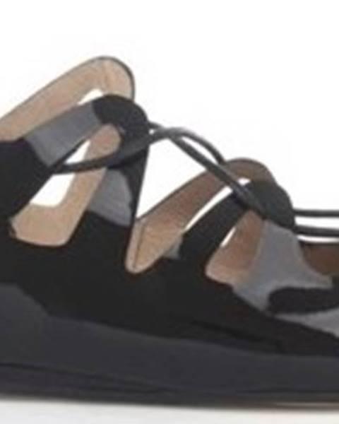 Černé sandály Progetto