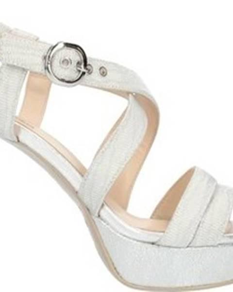 Stříbrné sandály Nero Giardini