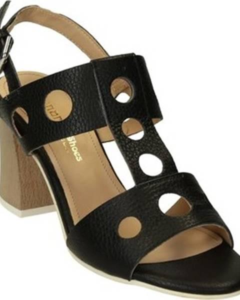 Sandály Leonardo Shoes