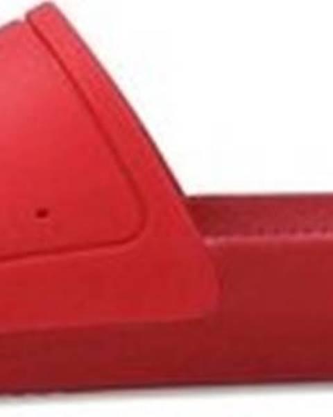 Červené pantofle lacoste