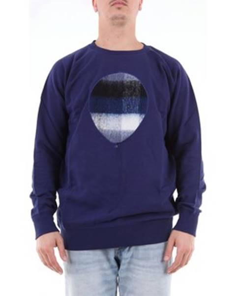 Modrý svetr Malph