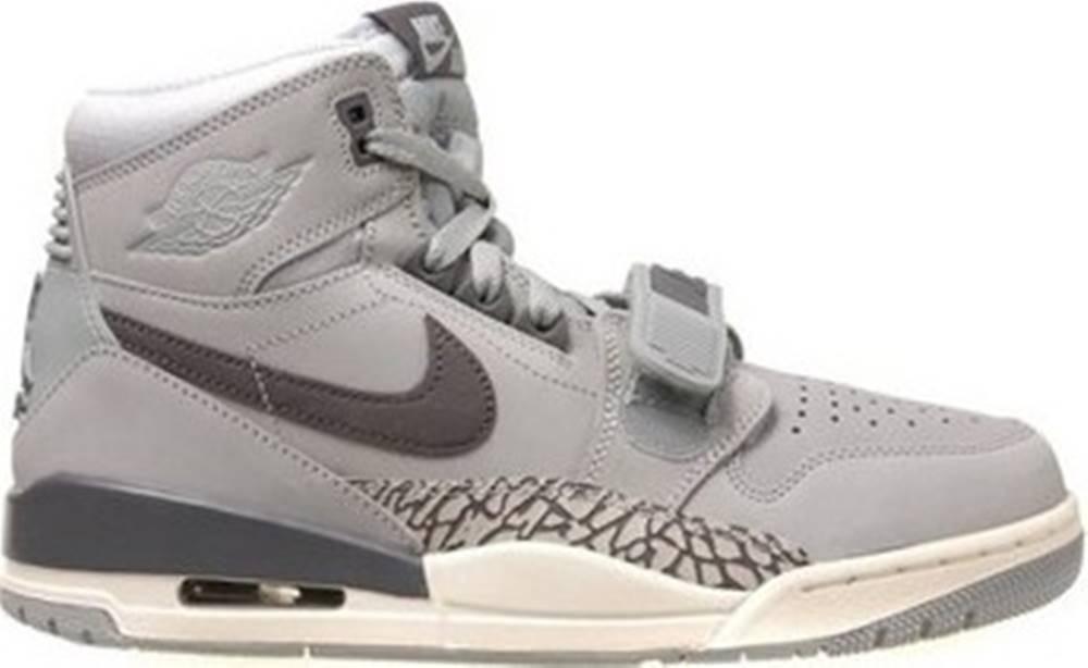 nike Nike Tenisky Air Jordan Legacy 312 ruznobarevne