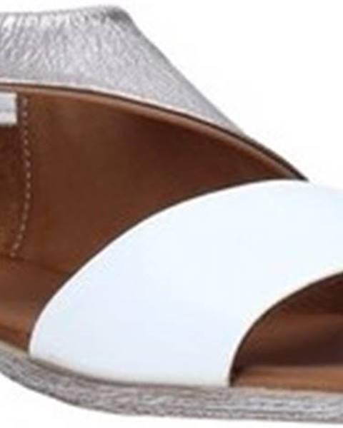 Bílé sandály Bueno Shoes