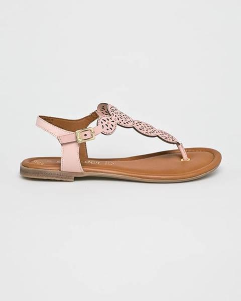 Růžové boty s.oliver