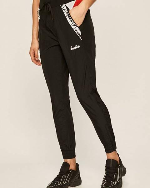 Černé kalhoty Diadora