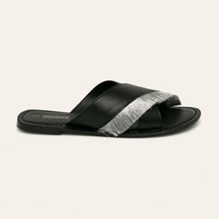 Answear - Kožené pantofle