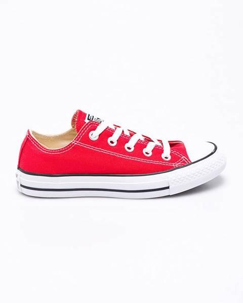Červené boty converse