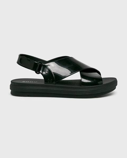 Černé boty zaxy